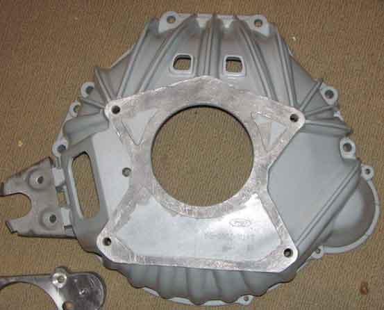 e4ta v8 bellhousing for hydraulic clutch